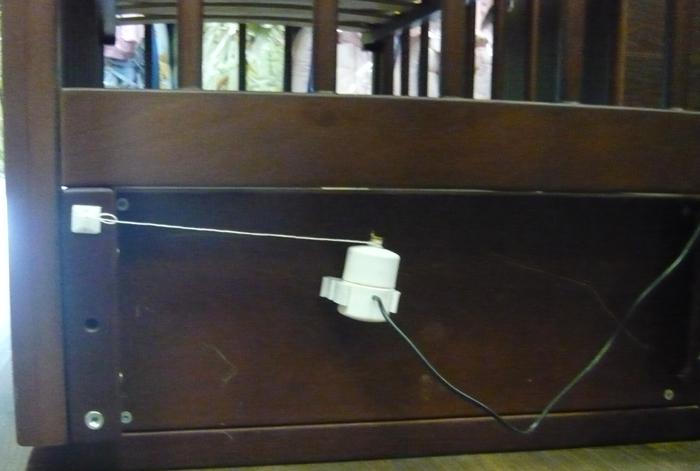 Устройство для качания кроватки  москва